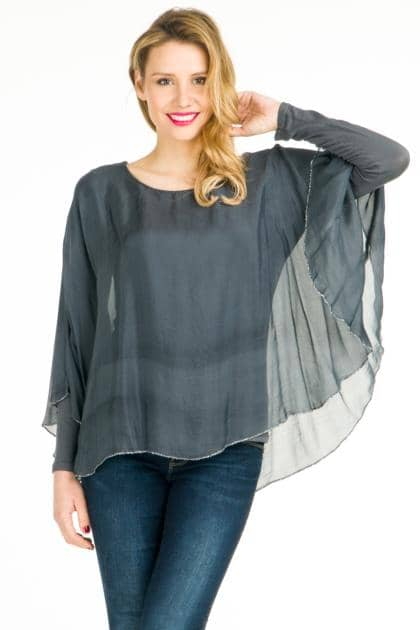 Top with cowl neck. Made in Italy.